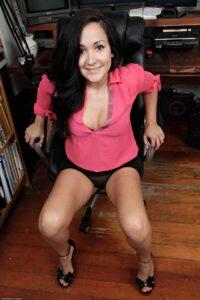 Tina – ja sam po profesiji hotline devojka